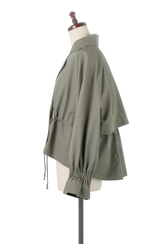 WaistTieShortTrenchJacketウエストドロスト・ショートトレンチ大人カジュアルに最適な海外ファッションのothers(その他インポートアイテム)のトップスやシャツ・ブラウス。ボリューミーな袖とコンパクトな丈感が好バランスなデザインのショートトレンチジャケット。肩線を落としたショルダーや抜き襟でゆったり羽織れるラフなシルエットが今年顔。/main-2