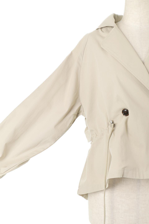 WaistTieShortTrenchJacketウエストドロスト・ショートトレンチ大人カジュアルに最適な海外ファッションのothers(その他インポートアイテム)のトップスやシャツ・ブラウス。ボリューミーな袖とコンパクトな丈感が好バランスなデザインのショートトレンチジャケット。肩線を落としたショルダーや抜き襟でゆったり羽織れるラフなシルエットが今年顔。/main-22