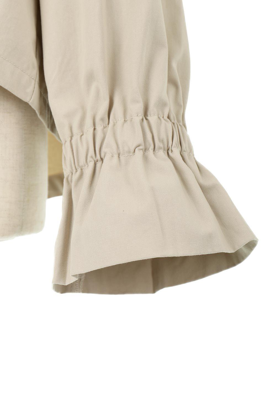 WaistTieShortTrenchJacketウエストドロスト・ショートトレンチ大人カジュアルに最適な海外ファッションのothers(その他インポートアイテム)のトップスやシャツ・ブラウス。ボリューミーな袖とコンパクトな丈感が好バランスなデザインのショートトレンチジャケット。肩線を落としたショルダーや抜き襟でゆったり羽織れるラフなシルエットが今年顔。/main-27