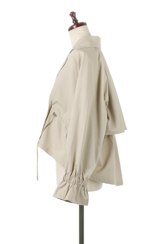 WaistTieShortTrenchJacketウエストドロスト・ショートトレンチ大人カジュアルに最適な海外ファッションのothers(その他インポートアイテム)のトップスやシャツ・ブラウス。ボリューミーな袖とコンパクトな丈感が好バランスなデザインのショートトレンチジャケット。肩線を落としたショルダーや抜き襟でゆったり羽織れるラフなシルエットが今年顔。/main-7
