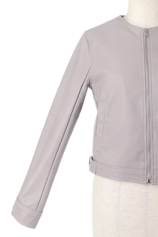 EcoLeatherCollarlessBikerJacketエコレザー・ノーカラーライダースジャケット大人カジュアルに最適な海外ファッションのothers(その他インポートアイテム)のアウターやジャケット。ノーカラーで春でもすっきり着こなせるシンプルなライダースジャケット。ワンピース、スカートなど様々なアイテムとのコーデが楽しめるオールラウンドなアウターです。/main-17