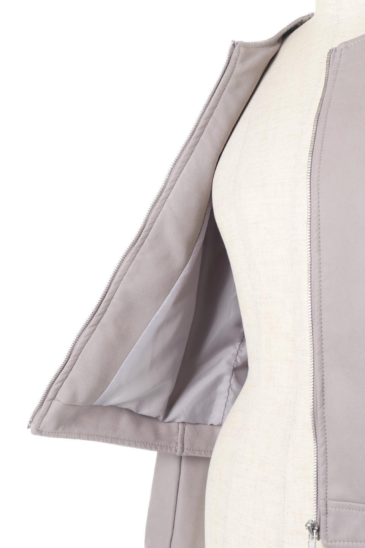 EcoLeatherCollarlessBikerJacketエコレザー・ノーカラーライダースジャケット大人カジュアルに最適な海外ファッションのothers(その他インポートアイテム)のアウターやジャケット。ノーカラーで春でもすっきり着こなせるシンプルなライダースジャケット。ワンピース、スカートなど様々なアイテムとのコーデが楽しめるオールラウンドなアウターです。/main-18