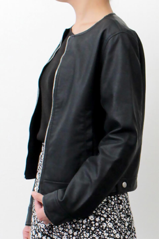 EcoLeatherCollarlessBikerJacketエコレザー・ノーカラーライダースジャケット大人カジュアルに最適な海外ファッションのothers(その他インポートアイテム)のアウターやジャケット。ノーカラーで春でもすっきり着こなせるシンプルなライダースジャケット。ワンピース、スカートなど様々なアイテムとのコーデが楽しめるオールラウンドなアウターです。/main-19
