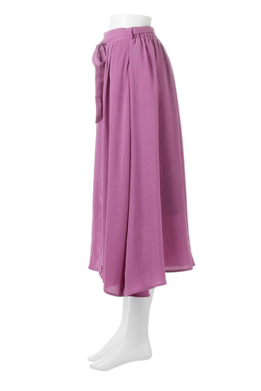 FrontButtonFlareSkirtフロントボタン・フレアスカート大人カジュアルに最適な海外ファッションのothers(その他インポートアイテム)のボトムやスカート。さらっとした素材感でシルエットがキレイなフレアスカートフロントに並ぶ小さなボタンが可愛いフレアスカート。柔らかすぎない生地感で、動くたびにしっかりときれいなシルエットが保てるようになっています。/main-2
