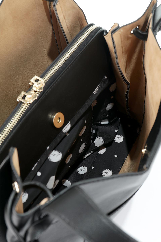 meliebiancoのLeslie(Black)センターポケット・トートバッグ/海外ファッション好きにオススメのインポートバッグとかばん、MelieBianco(メリービアンコ)のバッグやトートバッグ。荷室が別れてとても使いやすいバッグ。ファイルも入る大きめのサイズで仕事用としても活躍します。/main-10