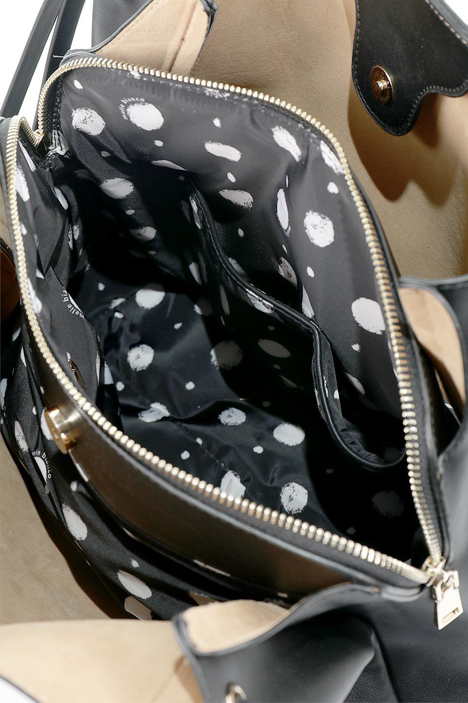 meliebiancoのLeslie(Black)センターポケット・トートバッグ/海外ファッション好きにオススメのインポートバッグとかばん、MelieBianco(メリービアンコ)のバッグやトートバッグ。荷室が別れてとても使いやすいバッグ。ファイルも入る大きめのサイズで仕事用としても活躍します。/main-12