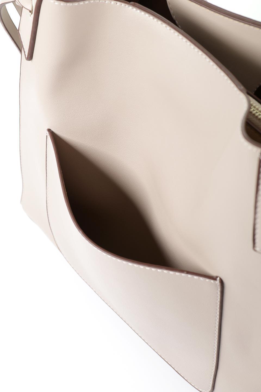 meliebiancoのLeslie(Taupe)センターポケット・トートバッグ/海外ファッション好きにオススメのインポートバッグとかばん、MelieBianco(メリービアンコ)のバッグやトートバッグ。荷室が別れてとても使いやすいバッグ。ファイルも入る大きめのサイズで仕事用としても活躍します。/main-7