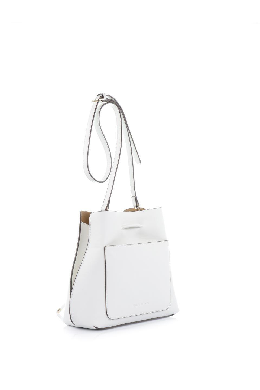 meliebiancoのLeia(White)ビーガンレザー・巾着バッグ/海外ファッション好きにオススメのインポートバッグとかばん、MelieBianco(メリービアンコ)のバッグやショルダーバッグ。巾着タイプのディテールが可愛いショルダーバッグ。サイトのマチ部分がスリットのようなアクセントになっています。/main-3