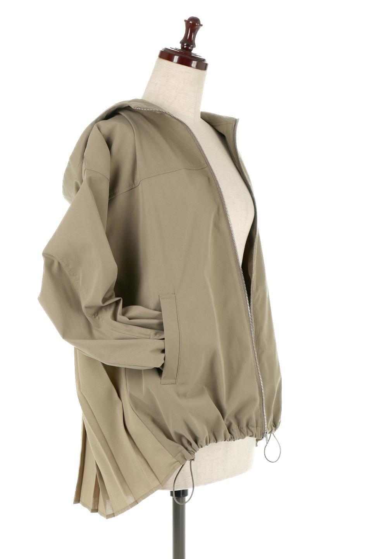 BackPleatedMountainParkaバックプリーツ・マウンテンパーカ大人カジュアルに最適な海外ファッションのothers(その他インポートアイテム)のアウターやジャケット。人気のバックプリーツを施したショート丈のマウンテンパーカ。メンズライクなアイテムをプリーツで女性らしくアレンジしたデザインです。/main-14