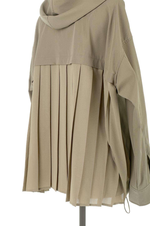 BackPleatedMountainParkaバックプリーツ・マウンテンパーカ大人カジュアルに最適な海外ファッションのothers(その他インポートアイテム)のアウターやジャケット。人気のバックプリーツを施したショート丈のマウンテンパーカ。メンズライクなアイテムをプリーツで女性らしくアレンジしたデザインです。/main-17