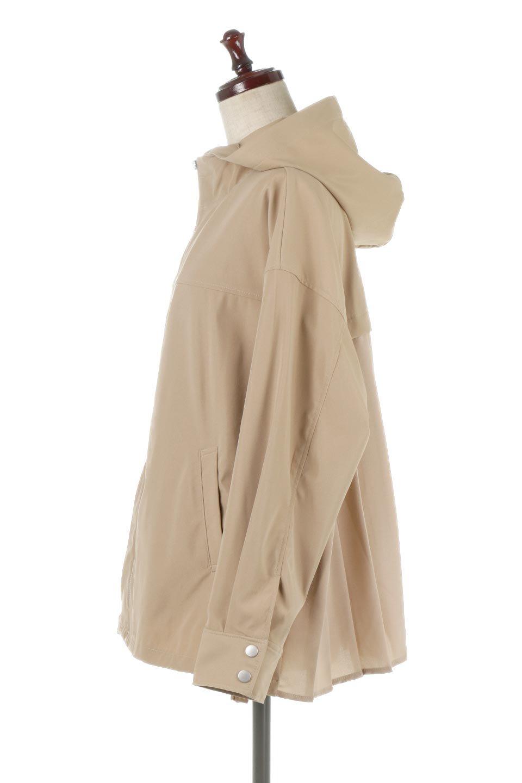 BackPleatedMountainParkaバックプリーツ・マウンテンパーカ大人カジュアルに最適な海外ファッションのothers(その他インポートアイテム)のアウターやジャケット。人気のバックプリーツを施したショート丈のマウンテンパーカ。メンズライクなアイテムをプリーツで女性らしくアレンジしたデザインです。/main-2