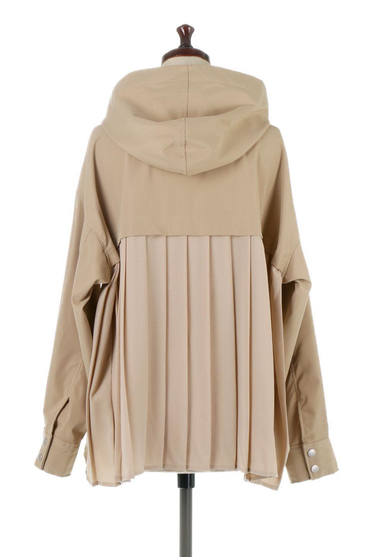 BackPleatedMountainParkaバックプリーツ・マウンテンパーカ大人カジュアルに最適な海外ファッションのothers(その他インポートアイテム)のアウターやジャケット。人気のバックプリーツを施したショート丈のマウンテンパーカ。メンズライクなアイテムをプリーツで女性らしくアレンジしたデザインです。/main-4