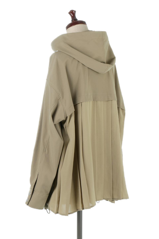 BackPleatedMountainParkaバックプリーツ・マウンテンパーカ大人カジュアルに最適な海外ファッションのothers(その他インポートアイテム)のアウターやジャケット。人気のバックプリーツを施したショート丈のマウンテンパーカ。メンズライクなアイテムをプリーツで女性らしくアレンジしたデザインです。/main-8