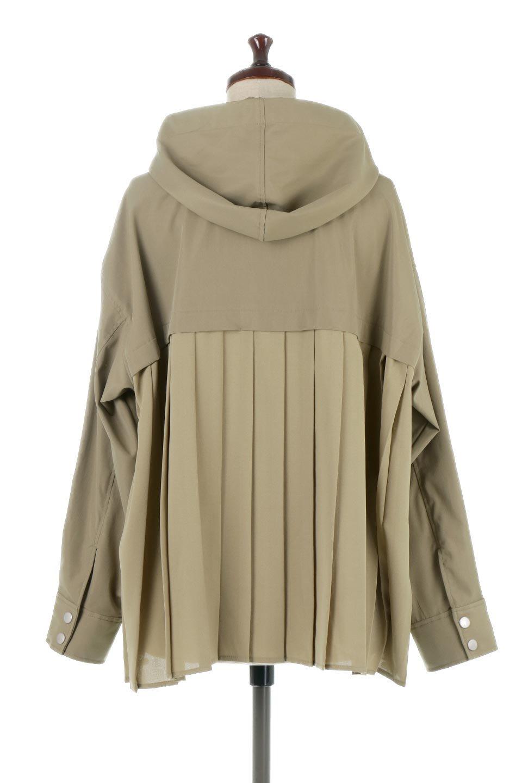 BackPleatedMountainParkaバックプリーツ・マウンテンパーカ大人カジュアルに最適な海外ファッションのothers(その他インポートアイテム)のアウターやジャケット。人気のバックプリーツを施したショート丈のマウンテンパーカ。メンズライクなアイテムをプリーツで女性らしくアレンジしたデザインです。/main-9