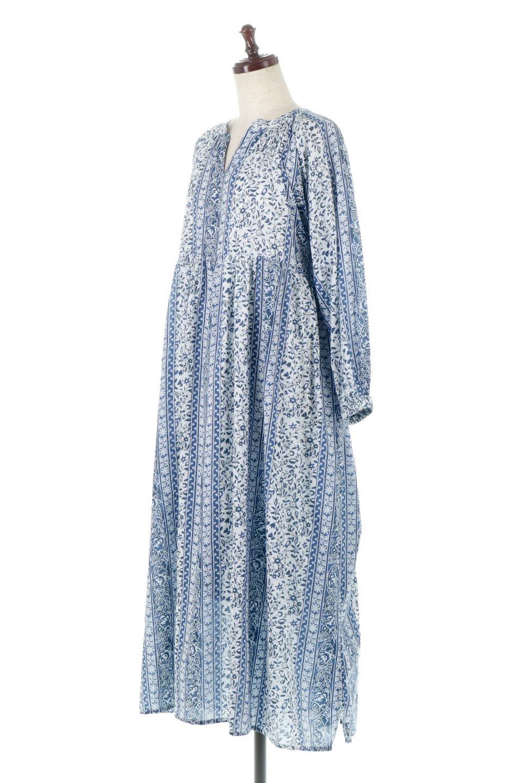 FloralPrintedPanelDress小花柄・パネルワンピース大人カジュアルに最適な海外ファッションのothers(その他インポートアイテム)のワンピースやマキシワンピース。オリエンタルな雰囲気のパネルプリントが魅力的なワンピース。インド綿ならではの柔らかで涼しげな素材感は、軽くて着心地も抜群。/main-1