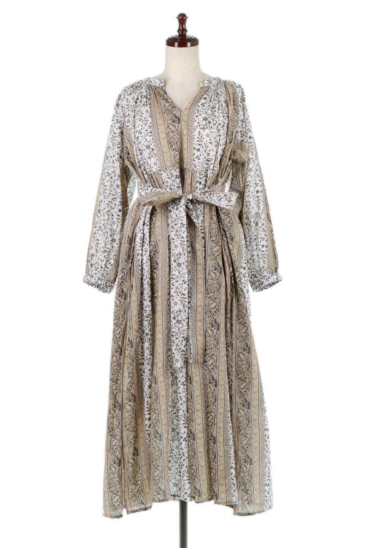 FloralPrintedPanelDress小花柄・パネルワンピース大人カジュアルに最適な海外ファッションのothers(その他インポートアイテム)のワンピースやマキシワンピース。オリエンタルな雰囲気のパネルプリントが魅力的なワンピース。インド綿ならではの柔らかで涼しげな素材感は、軽くて着心地も抜群。/main-5