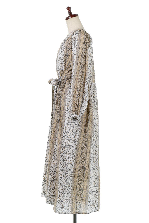 FloralPrintedPanelDress小花柄・パネルワンピース大人カジュアルに最適な海外ファッションのothers(その他インポートアイテム)のワンピースやマキシワンピース。オリエンタルな雰囲気のパネルプリントが魅力的なワンピース。インド綿ならではの柔らかで涼しげな素材感は、軽くて着心地も抜群。/main-7