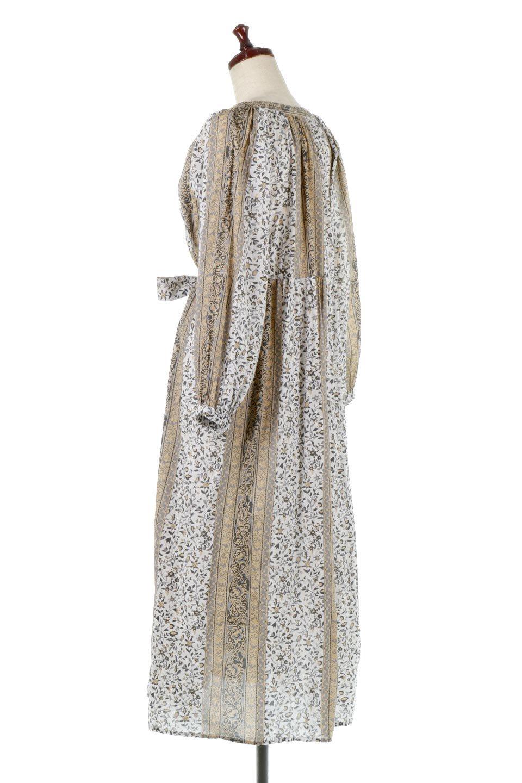 FloralPrintedPanelDress小花柄・パネルワンピース大人カジュアルに最適な海外ファッションのothers(その他インポートアイテム)のワンピースやマキシワンピース。オリエンタルな雰囲気のパネルプリントが魅力的なワンピース。インド綿ならではの柔らかで涼しげな素材感は、軽くて着心地も抜群。/main-8
