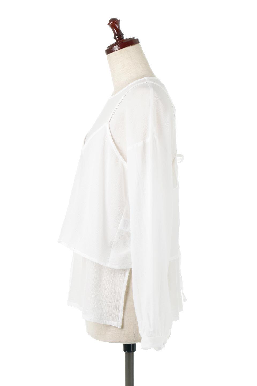 TexturedSheerCami&Blouseテクスチャード・シアーキャミブラウスセット大人カジュアルに最適な海外ファッションのothers(その他インポートアイテム)のトップスやシャツ・ブラウス。若干透け感のある長袖ブラウスと、共生地のキャミソールセット。さらりとした素材感の生地は透け感があり、これからの季節にピッタリのアイテム。/main-7