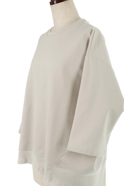 PanelCutAsymmetricalBigT-Shirtsアシメントリー・切り替えビッグTee大人カジュアルに最適な海外ファッションのothers(その他インポートアイテム)のトップスやカットソー。左右非対称なカッティングデザインがポイントのTシャツ。メンズサイズのようなオーバーシルエットが可愛いヘビーウェイトのカットソー。/main-16
