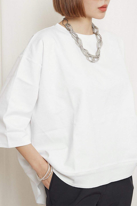 PanelCutAsymmetricalBigT-Shirtsアシメントリー・切り替えビッグTee大人カジュアルに最適な海外ファッションのothers(その他インポートアイテム)のトップスやカットソー。左右非対称なカッティングデザインがポイントのTシャツ。メンズサイズのようなオーバーシルエットが可愛いヘビーウェイトのカットソー。/main-25