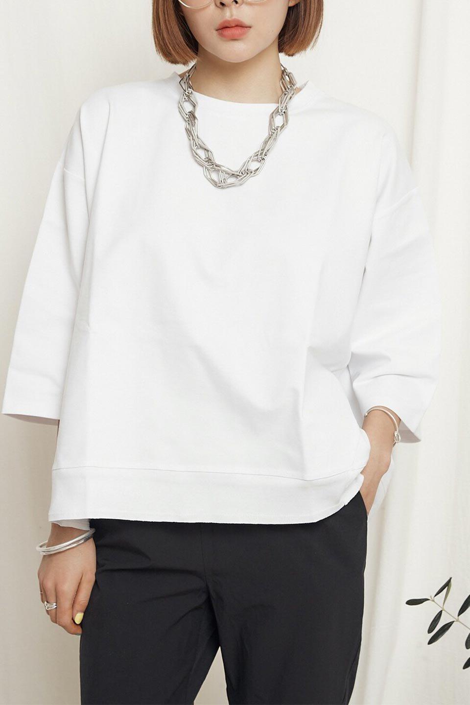 PanelCutAsymmetricalBigT-Shirtsアシメントリー・切り替えビッグTee大人カジュアルに最適な海外ファッションのothers(その他インポートアイテム)のトップスやカットソー。左右非対称なカッティングデザインがポイントのTシャツ。メンズサイズのようなオーバーシルエットが可愛いヘビーウェイトのカットソー。/main-26
