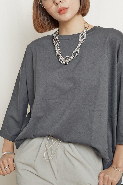 PanelCutAsymmetricalBigT-Shirtsアシメントリー・切り替えビッグTee大人カジュアルに最適な海外ファッションのothers(その他インポートアイテム)のトップスやカットソー。左右非対称なカッティングデザインがポイントのTシャツ。メンズサイズのようなオーバーシルエットが可愛いヘビーウェイトのカットソー。/main-30