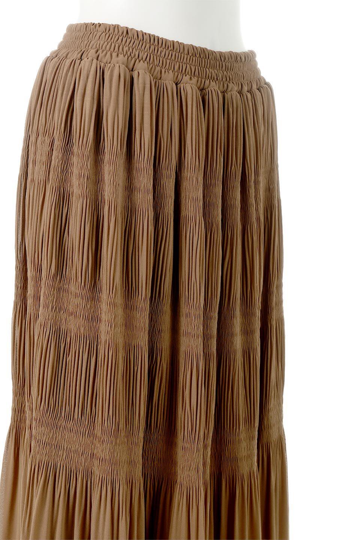 MajolicaPleatedLongSkirtマジョリカプリーツ・ロングスカート大人カジュアルに最適な海外ファッションのothers(その他インポートアイテム)のボトムやスカート。表情豊かなマジョリカプリーツが春の雰囲気満点のロングスカート。シフォンジョーゼットのソフトな生地でフワリとした優しさが人気です。/main-27