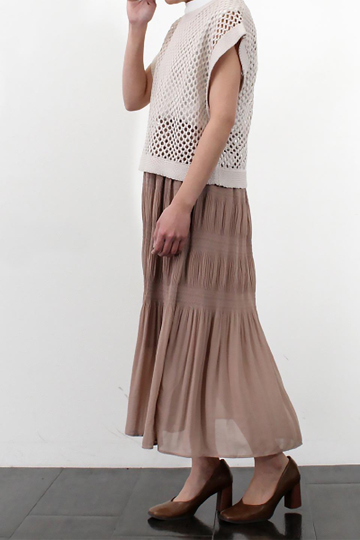MajolicaPleatedLongSkirtマジョリカプリーツ・ロングスカート大人カジュアルに最適な海外ファッションのothers(その他インポートアイテム)のボトムやスカート。表情豊かなマジョリカプリーツが春の雰囲気満点のロングスカート。シフォンジョーゼットのソフトな生地でフワリとした優しさが人気です。/main-33