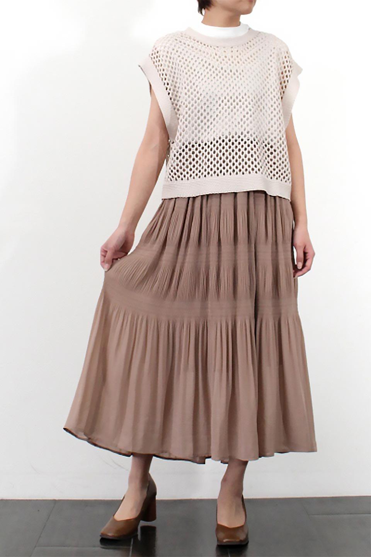 MajolicaPleatedLongSkirtマジョリカプリーツ・ロングスカート大人カジュアルに最適な海外ファッションのothers(その他インポートアイテム)のボトムやスカート。表情豊かなマジョリカプリーツが春の雰囲気満点のロングスカート。シフォンジョーゼットのソフトな生地でフワリとした優しさが人気です。/main-36