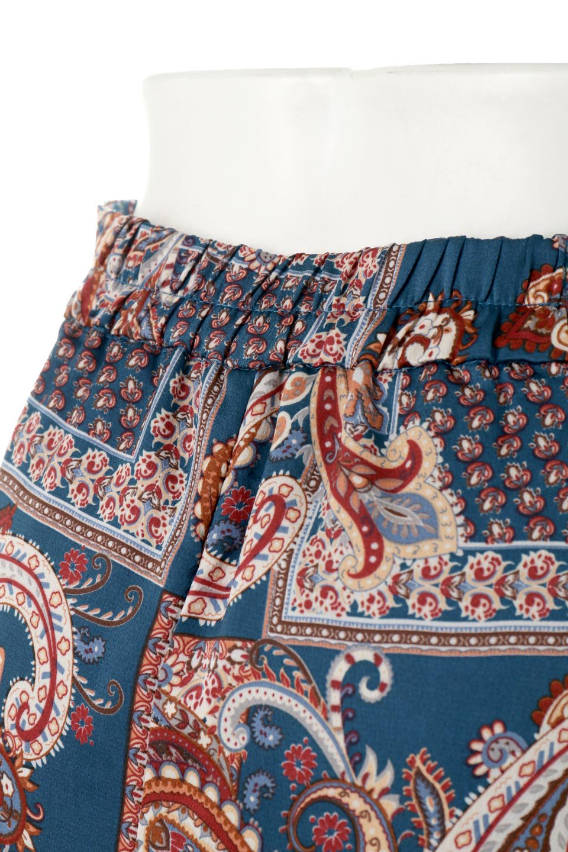 PaisleyPatternedPencilSkirtペイズリー柄・Iラインスカート大人カジュアルに最適な海外ファッションのothers(その他インポートアイテム)のボトムやスカート。ペイズリーの総柄プリントが可愛いIラインのペンシルスカート。テロテロ感が人気の差展示を使用し、カジュアルにも上品にもコーデできる便利スカートです。/main-11