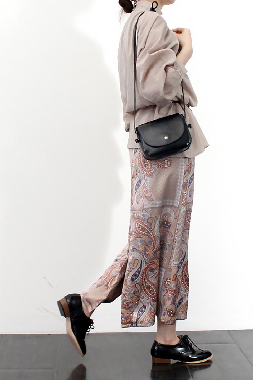 PaisleyPatternedPencilSkirtペイズリー柄・Iラインスカート大人カジュアルに最適な海外ファッションのothers(その他インポートアイテム)のボトムやスカート。ペイズリーの総柄プリントが可愛いIラインのペンシルスカート。テロテロ感が人気の差展示を使用し、カジュアルにも上品にもコーデできる便利スカートです。/main-21