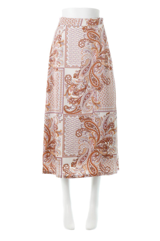PaisleyPatternedPencilSkirtペイズリー柄・Iラインスカート大人カジュアルに最適な海外ファッションのothers(その他インポートアイテム)のボトムやスカート。ペイズリーの総柄プリントが可愛いIラインのペンシルスカート。テロテロ感が人気の差展示を使用し、カジュアルにも上品にもコーデできる便利スカートです。/main-5