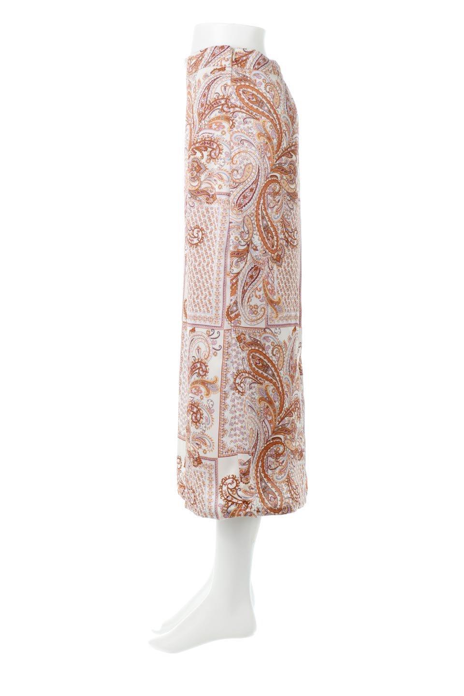 PaisleyPatternedPencilSkirtペイズリー柄・Iラインスカート大人カジュアルに最適な海外ファッションのothers(その他インポートアイテム)のボトムやスカート。ペイズリーの総柄プリントが可愛いIラインのペンシルスカート。テロテロ感が人気の差展示を使用し、カジュアルにも上品にもコーデできる便利スカートです。/main-7