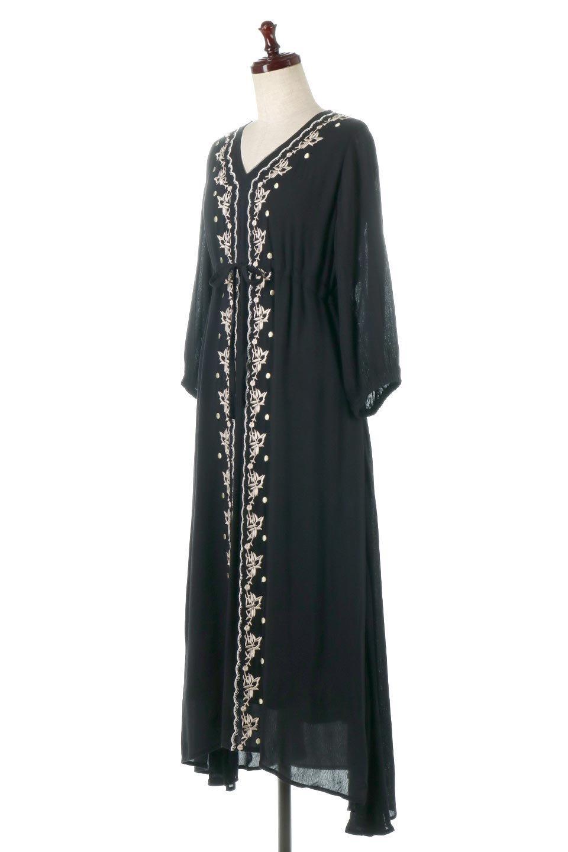 ExoticEmbroideredBohemianDressエスニック刺繍・ボヘミアンワンピース大人カジュアルに最適な海外ファッションのothers(その他インポートアイテム)のワンピースやマキシワンピース。ナチュラルなエスニックテイストが一目見ただけで可愛いボヘミアンなワンピース。刺繍が魅力的なワンピースです。/main-1