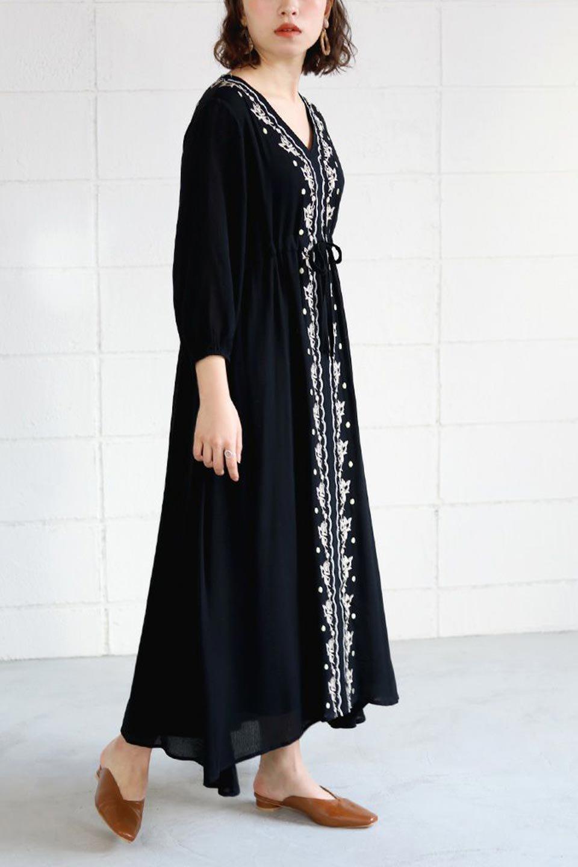 ExoticEmbroideredBohemianDressエスニック刺繍・ボヘミアンワンピース大人カジュアルに最適な海外ファッションのothers(その他インポートアイテム)のワンピースやマキシワンピース。ナチュラルなエスニックテイストが一目見ただけで可愛いボヘミアンなワンピース。刺繍が魅力的なワンピースです。/main-18