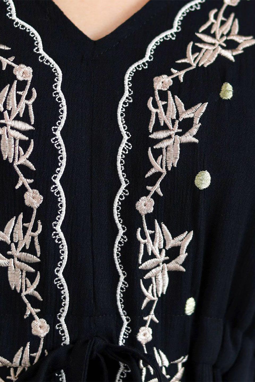 ExoticEmbroideredBohemianDressエスニック刺繍・ボヘミアンワンピース大人カジュアルに最適な海外ファッションのothers(その他インポートアイテム)のワンピースやマキシワンピース。ナチュラルなエスニックテイストが一目見ただけで可愛いボヘミアンなワンピース。刺繍が魅力的なワンピースです。/main-21