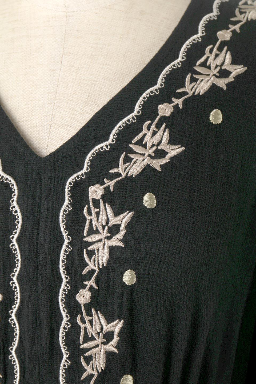 ExoticEmbroideredBohemianDressエスニック刺繍・ボヘミアンワンピース大人カジュアルに最適な海外ファッションのothers(その他インポートアイテム)のワンピースやマキシワンピース。ナチュラルなエスニックテイストが一目見ただけで可愛いボヘミアンなワンピース。刺繍が魅力的なワンピースです。/main-9