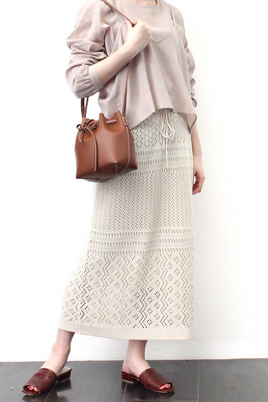 LacyKnitLongSkirt模様編み・ニットスカート大人カジュアルに最適な海外ファッションのothers(その他インポートアイテム)のボトムやスカート。春夏にぴったりな模様編みのロングスカート。着る人を選ばない長さで、シックでもカジュアルでも楽しめます。/main-26