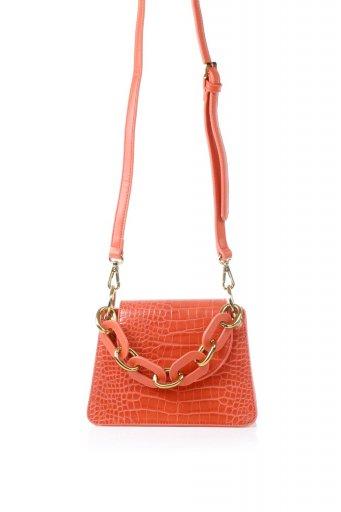 海外ファッションや大人カジュアルのためのインポートバッグ、かばんmelie bianco(メリービアンコ)のLoren (Red) チェーンハンドル・型押しミニバッグ