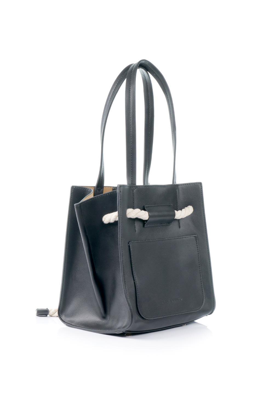 meliebiancoのMonica(Black)ロープモチーフ・トートバッグ/海外ファッション好きにオススメのインポートバッグとかばん、MelieBianco(メリービアンコ)のバッグやトートバッグ。マリンテイストのロープが可愛い巾着タイプのトートバッグ。可愛らしいデザインの中は仕切りを兼ねたポケットが使いやすい便利な構造。/main-3