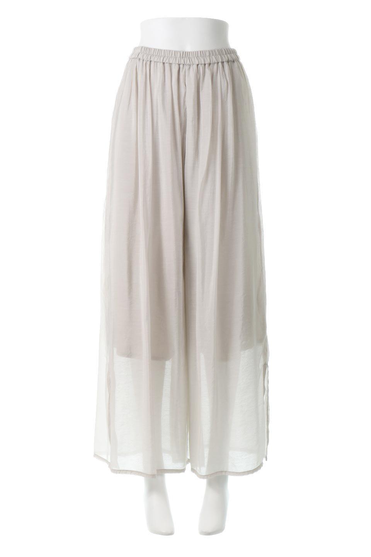 WideLegSlitSheerPantsサイドスリット・シアーパンツ大人カジュアルに最適な海外ファッションのothers(その他インポートアイテム)のボトムやパンツ。透け感のある人気のシアー素材を使用したワイドパンツ。涼しげな素材でスカートのような軽い着心地です。
