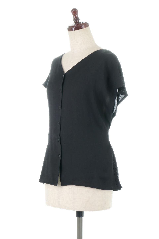CacheCoeurBackBlouseバックカシュクール・タックブラウス大人カジュアルに最適な海外ファッションのothers(その他インポートアイテム)のトップスやシャツ・ブラウス。センターバックにカシュクールデザインを入れたチラ見せスタイルのブラウス。さらにベルトでバックシャンディテールに。/main-16