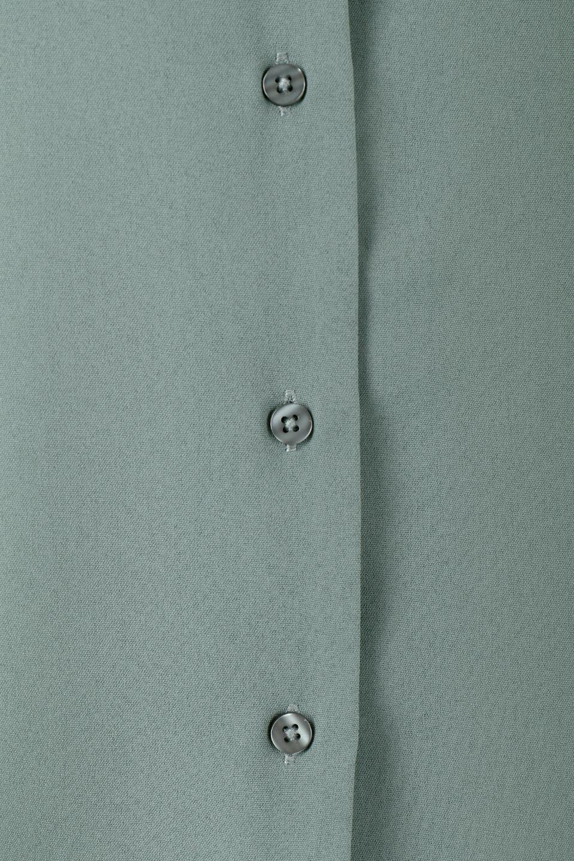 DoubleFrillSleeveButtonBlouseダブルフリルスリーブ・ボタンブラウス大人カジュアルに最適な海外ファッションのothers(その他インポートアイテム)のトップスやシャツ・ブラウス。動くたびに揺れる袖のドレープは、エレガントな雰囲気を演出してくれるブラウス。前開きなので、羽織りとしても着られます。/main-15