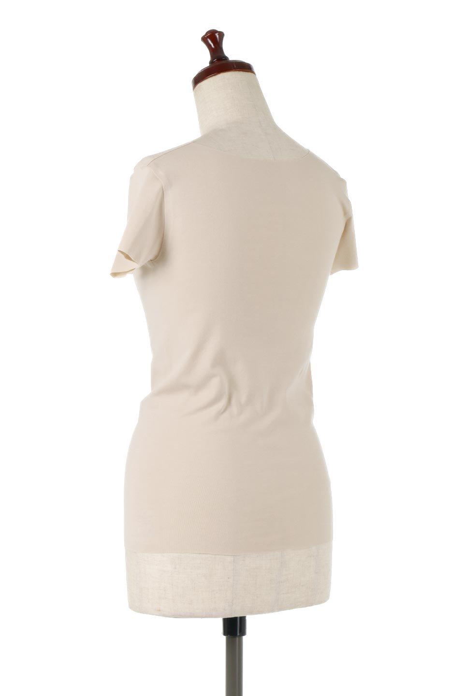 SeamlessFittedTShirts完全無縫製・なめらかフィットインナー大人カジュアルに最適な海外ファッションのothers(その他インポートアイテム)のトップスやカットソー。縫い目がないハイストレッチのなめらか素材を使用した半袖インナー。縫い目によるチクチクやかゆみを軽減させたシームレス仕様です。/main-3