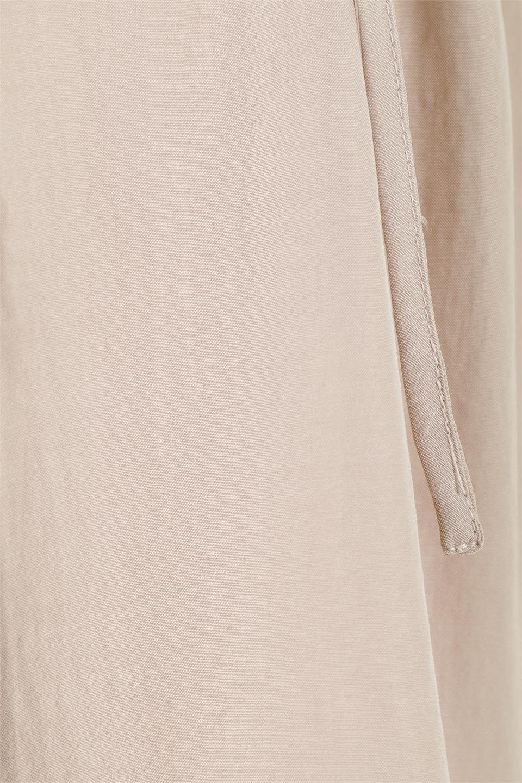 WaistDrawstringLooseDressウエストドロスト・ポケット付きワンピース大人カジュアルに最適な海外ファッションのothers(その他インポートアイテム)のワンピースやマキシワンピース。両サイドについたウエストのドロストリボンの絞り具合で様々なシルエットが楽しめるワンピース。上品な光沢があるシルキータッチの素材感も人気の定番ワンピースです。/main-21