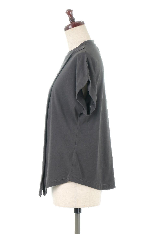 AsymmetricalSlittedTopアシメントリー・スリットトップス大人カジュアルに最適な海外ファッションのothers(その他インポートアイテム)のトップスやカットソー。スリット入りのアシメントリーデザインが可愛い半袖トップス。背中のボタンや袖の折返しなど、ちょっとしたアクセントが入ったトップスです。/main-12