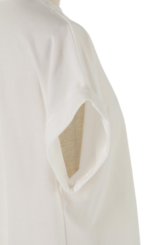 AsymmetricalSlittedTopアシメントリー・スリットトップス大人カジュアルに最適な海外ファッションのothers(その他インポートアイテム)のトップスやカットソー。スリット入りのアシメントリーデザインが可愛い半袖トップス。背中のボタンや袖の折返しなど、ちょっとしたアクセントが入ったトップスです。/main-19