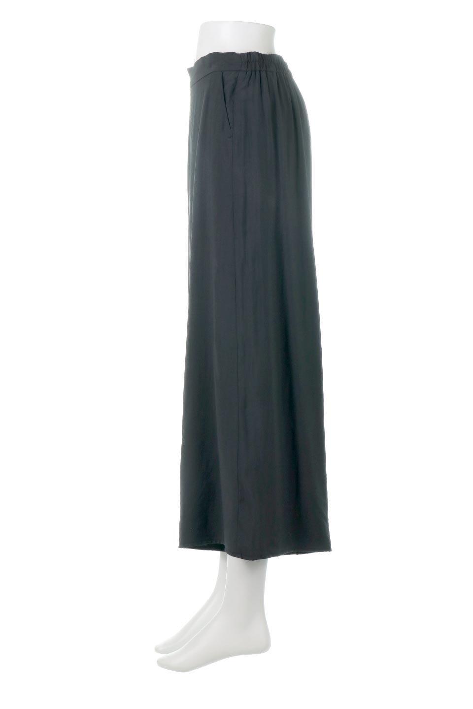 SoftTwillCroppedFlarePantsソフトツイル・フレアパンツ大人カジュアルに最適な海外ファッションのothers(その他インポートアイテム)のボトムやパンツ。サラサラの生地が涼しげなクロップドワイドパンツ。若干透け感のある素材ですが、同色のサテンの裏地付きなので安心です。/main-12
