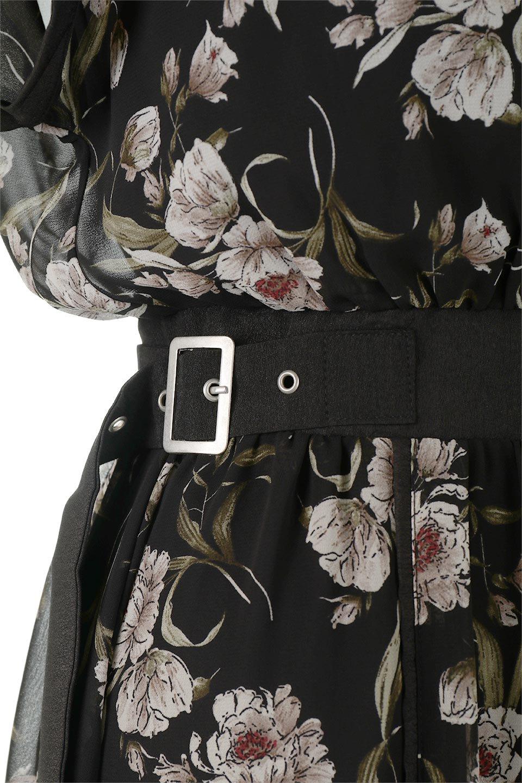 SideBeltFloralLongDress花柄・サイドベルトワンピース大人カジュアルに最適な海外ファッションのothers(その他インポートアイテム)のワンピースやマキシワンピース。軽やかな透け感が楽しめる花柄のロングワンピース。ウエストにベルトを施しエッジを効かせ、ハイウエストの切替で下半身がスラッと見えます。/main-17